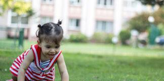W jaki sposób usunąć kleszcza u dziecka
